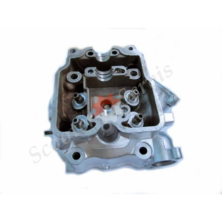 Головка клапанів двигуна AN400 Suzuki Skywave, Burgman 98-04 р.в.