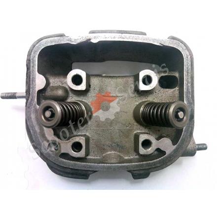 Головка клапанів двигуна Honda Today інжектор, Хонда Тудей AF-61i 50cc, в зборі (японський оригінал)