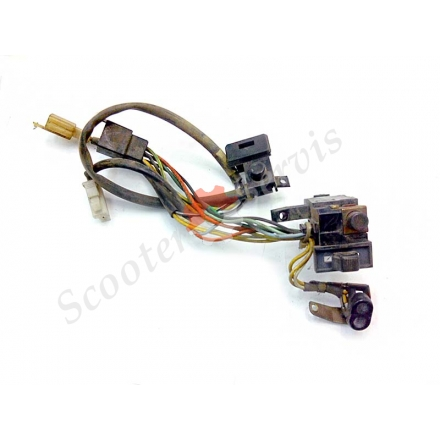 Кнопки включення стартера, сигналу, поворотів Suzuki Sepia, ZZ New, двигун CA1HA