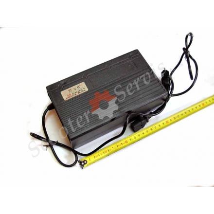 Зарядний пристрій АКБ електротранспорту 24V; 36V; 48V; 60V; 72V потужність 12-50Ah