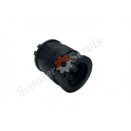 Патрубок, впускной коллектор карбюратора 2Т скутера диаметр 23мм