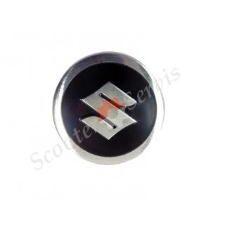 Логотип Сузуки, Suzuki, алюминиевый, объёмный, круглый