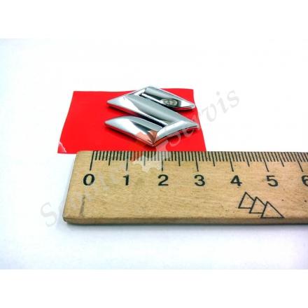 Логотип Сузукі, Suzuki, об'ємна, пластик хромований, розміри 3 см, 5 см, 8 см