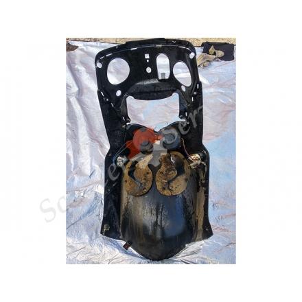 Передний обтекатель пластик в сборе с фарой Aprilia Leonardo 250, Априлиа Леонардо 250 Б/У