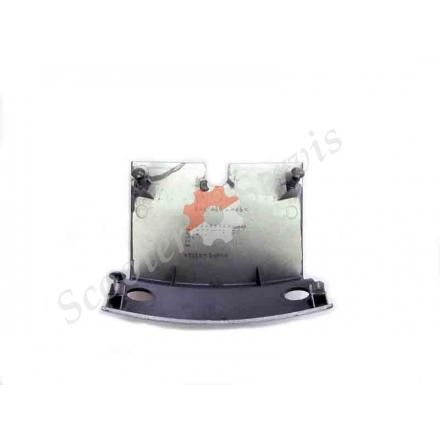 Пластик кришка, вставка над ліхтарем стоп скутера Suzuki Skywave, Burgman 98-04 р.в., 47311-14G00 двигун AN400