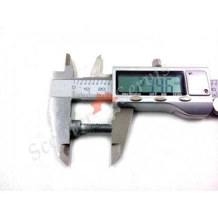 Болт резьба М6, 20мм, под шестигранный ключ, Ямаха Маджести головка двигателя