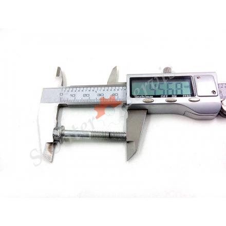 Болт різьблення М6, 40мм, головка під 8мм, кришка варіатора Ямаха Маджесті і ін.