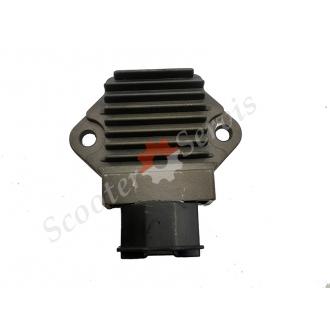 Регулятор напряжения, реле зарядки Honda CBR400, C...