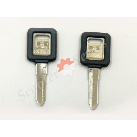 Ключ заготовка Kawasaki BMW ZRX400, ZZR250, ZZR400, ZXR250, ZXR400 левая, правая борозда