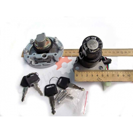 Замок запалювання і кришка бака (набір) Yamaha TZR 125, TZM 150, FZR 250, FZR 400