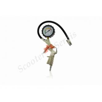 Пневматическая насадка для накачки колес, с манометром...